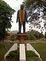 Statue of Vasantrao Naik at Vidhan Bhavan, Nagpur - panoramio.jpg