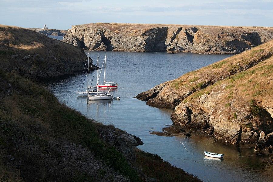 L'anse de Ster Ouen (Stêr Vraz) à marée haute.