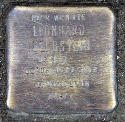 Photo of Leonhard Gelbstein brass plaque