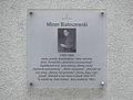 Tablica MSI Miron Białoszewski plac Dąbrowskiego 7.jpg