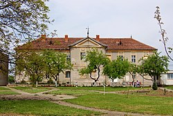 School, former mansion of the Telegdi family