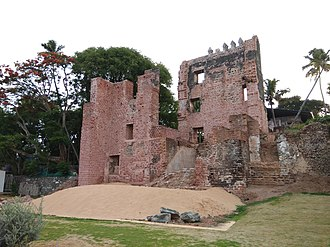 Fort Thomas, Tangasseri - Image: Thangassery Fort Right view