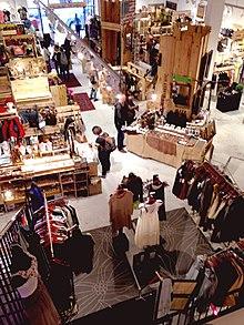Flea market - Wikipedia