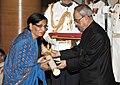 The President, Shri Pranab Mukherjee presenting the Padma Shri Award to Smt. Kamala Mehta, wife of Shri Mitha Lal Mehta (Posthumous), at a Civil Investiture Ceremony, at Rashtrapati Bhavan, in New Delhi on April 08, 2015.jpg