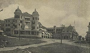 Jefferson, New Hampshire - The Waumbek c. 1905