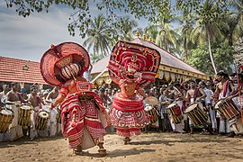 Theyyam at Andaloor kavu 1.jpg