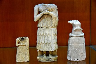 Khafajah - Image: Three Sumerian statues, Early Dynastic Period, 2900 2350 BCE, from Khafajah, Iraq. The Sulaymaniyah Museum
