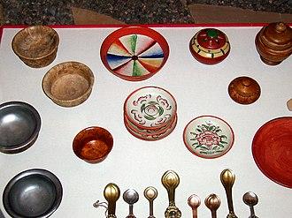 Tibetan cuisine - Tibetan bowls and spoons, Field Museum
