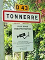 Tonnerre-FR-89-panneau agglomération-02.jpg
