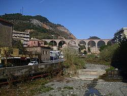 Torrente Chiaravagna Genova 01.jpg