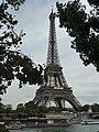 Tour Eiffel dans les arbres.JPG