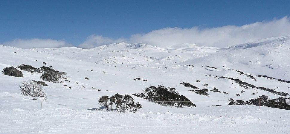 Towards Kosciuszko from Kangaroo Ridge in winter