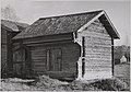 Traditional Finnish timber barns (34183218954).jpg