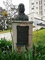 Trenque Lauquen - Monumento al Doctor Pedro García Salinas 3.JPG