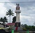 Tugu Raja Tarihoran.jpg