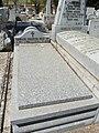Tumba de Conrado Stauffer Ruckert y Julio Stauffer Loewe, cementerio civil de Madrid.jpg