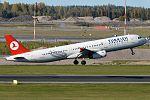 Turkish Airlines, TC-JRK, Airbus A321-231 (21597685803).jpg