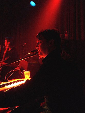 Greg Dulli - Greg Dulli (right) performing with The Twilight Singers in 2006