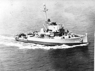 Minesweeper - US Navy Admirable-class minesweeper USS Pivot in the Gulf of Mexico for sea trials on 12 July 1944