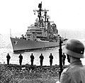 USS Farragut (DLG-6) at Helsinki, Finland, on 30 June 1967.jpg