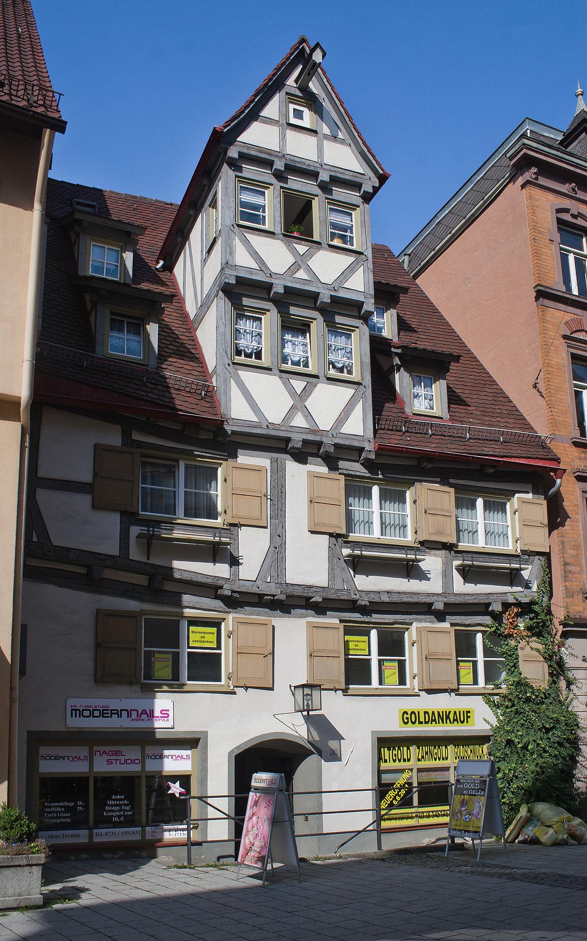 zwerchhaus wiktionary