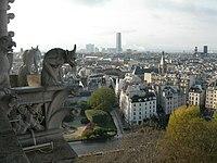 Une gargouille de la cathédrale de Notre-Dame de Paris.jpg