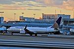 United Airlines Boeing 737-824 N78511 (cn 33459-2598) (5301616885).jpg
