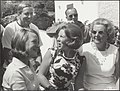 V.l.n.r. prins Claus, prins Bernhard, prinses Irene, prinses Beatrix en koningin, Bestanddeelnr 019-0686.jpg