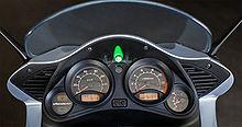 220px-Varadero_125_Cockpit.jpg