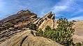 Vasquez Rocks (15877996442).jpg
