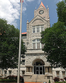 VernonCountyCourthouse front.JPG