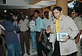 Veteran film star Dev Anand arrives at Kala Academy for a press conference at Black Box on the occasion of 37th International Film Festival of India (IFFI-2006) in Panaji, Goa on December 2, 2006.jpg