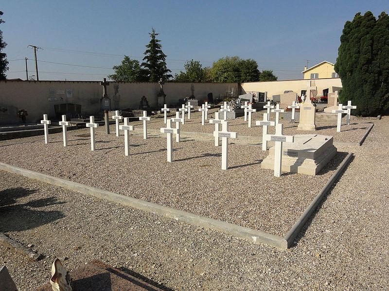 Villers-sur-Meuse (Meuse) cimetière, carré militaire