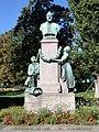 Volksgarten, Denkmal Karl Morree.JPG