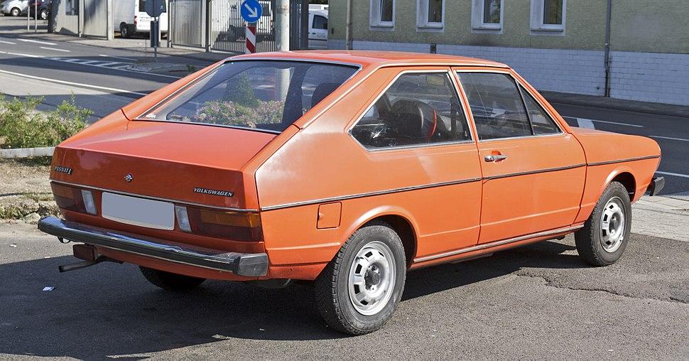 Volkswagen Passat1 rear 20110921