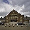 Voorgevel met ingangspartij - Amsterdam - 20409464 - RCE.jpg