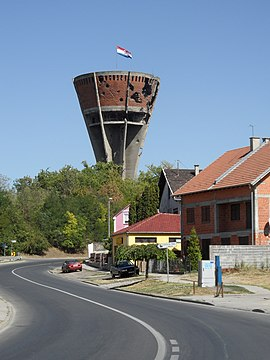 Vukovar water tower 2.JPG