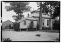 WEST SIDE OF HOUSE, SHOWING OLD KITCHEN IN REAR - Pearson House, County Road 6, Marengo, Marengo County, AL HABS ALA,46-MAR,1-2.tif