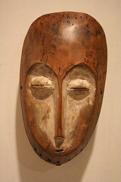 File:WLA brooklynmuseum Lega Oval shaped Face Mask.jpg