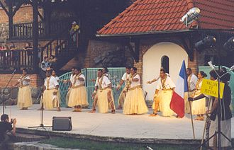 Culture of Wallis and Futuna - Dancers from Wallis and Futuna performing the 'Plantation'