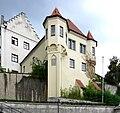 Weingarten Gebäude am Aufgang zur Basilika.jpg