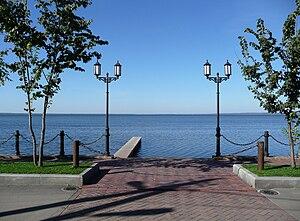 Lake Pleshcheyevo - Image: Yar quay