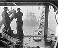 Zandzuiger Ahoy zuigt onder wrak Faustus, Bestanddeelnr 905-4736.jpg