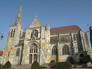 Baron, Oise - Image: Église Saint Pierre et Saint Paul de Baron extérieur 5