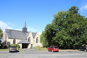 Église st leonore et if à saint launeuc - wiki takes 22 - pradigue.jpg