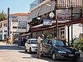 Булочная, рыбный магазин, магазин сувениров - panoramio.jpg