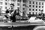Герой Советского Союза генерал-полковник А. Х. Бабаджанян в Одессе. Кадр 1.jpg