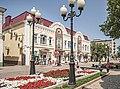 Здание гостиного двора, вид с ул. Ленина.jpg