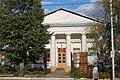 Спасская церковь, вид фасада через дорогу с ул.Октябрьской революции.JPG