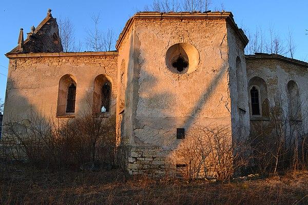 Домініканський костел у Чернелиці (Івано-Франківська область), © Віталій Ільницький, CC-BY-SA 4.0